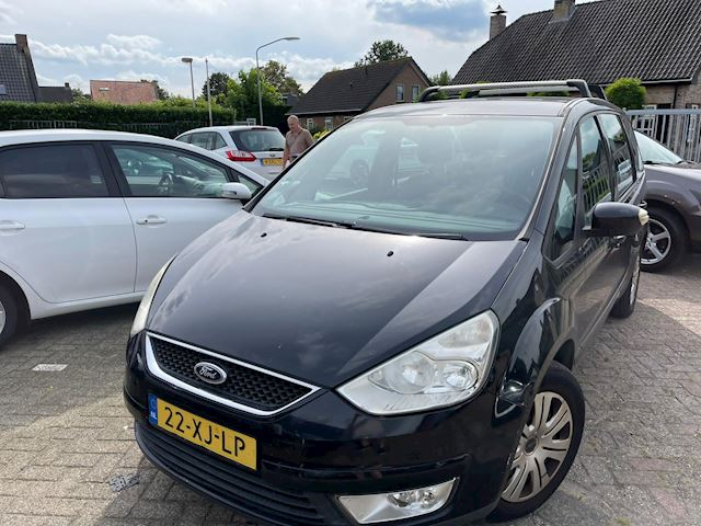 Ford Galaxy 2.0-16V 7 persoons