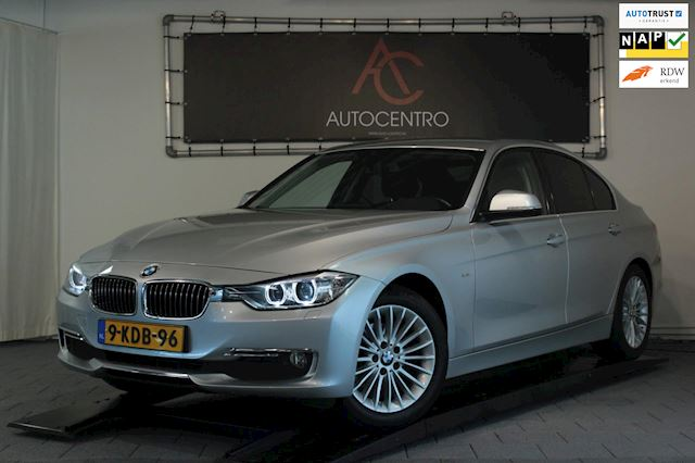 BMW 3-serie 320i Luxury / Leder / Xenon / LED / PDC / Stoelverwarming