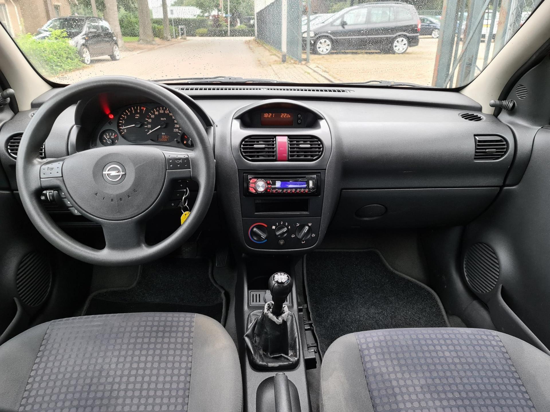 Opel Corsa occasion - HB Company Auto's