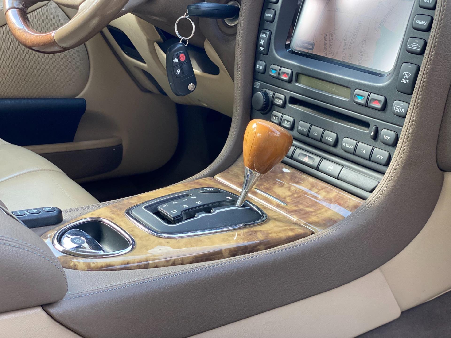 Jaguar S-type occasion - AutoHuisLimburg