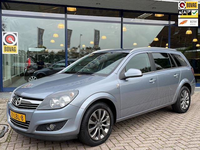 Opel Astra Wagon 1.6 111-Edition Clima Navi Cruise Parksens Trekhaak NL- Auto NAP Dealer onderhouden!