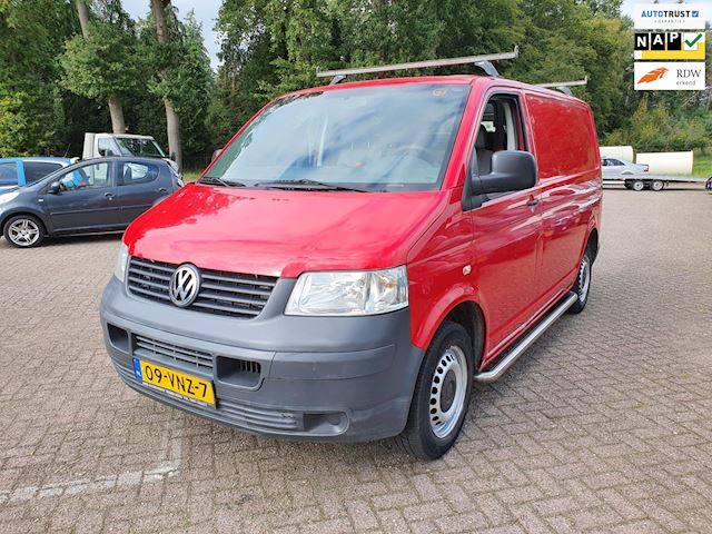 Volkswagen Transporter 1.9 TDI 300 AIRCO/cruise 3-persoons apk:05-2022