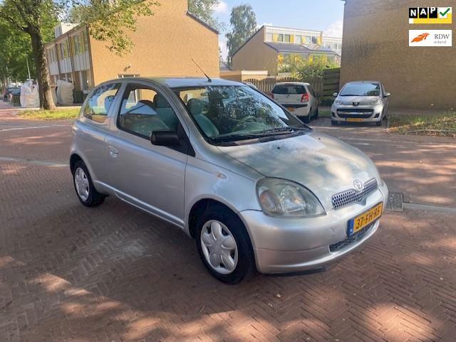 Toyota Yaris AUTOMAAT / 96.000 NAP / Leuke auto
