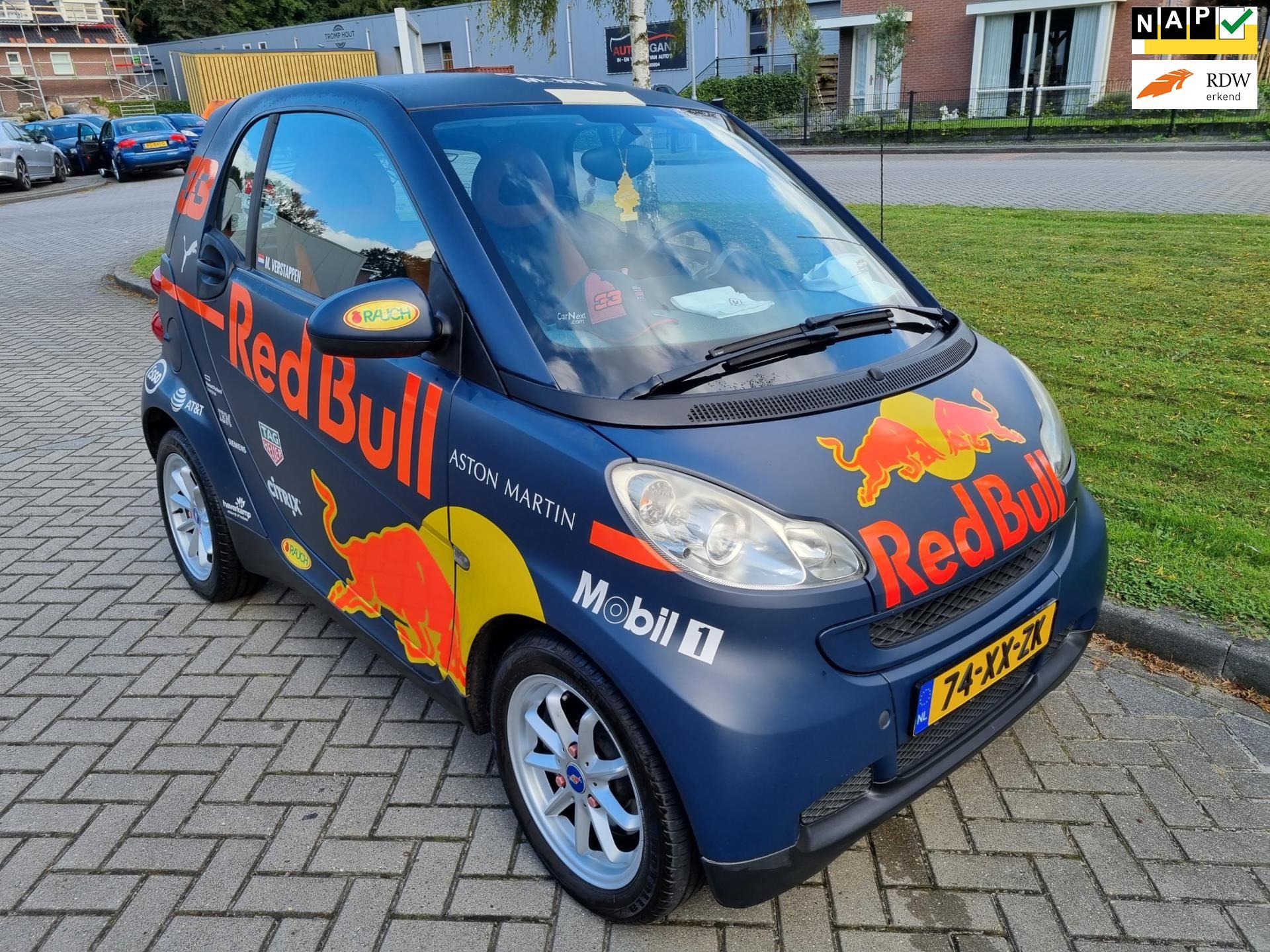 Smart Fortwo coupé reb bull zeer mooi occasion - v.d. Weg Auto's