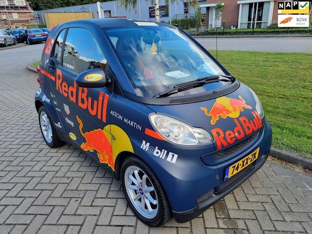Smart Fortwo coupé reb bull zeer mooi 1.0 Pure