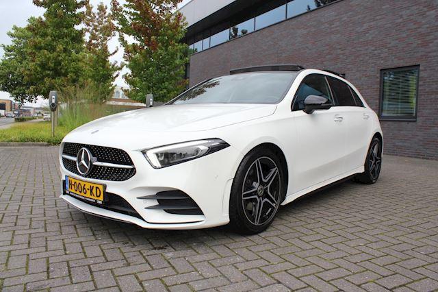 Mercedes-Benz A-klasse 180 Business Solution AMG Upgrade