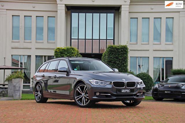 BMW 3-serie Touring 320i xDrive High Executive - panoramadak - head up - navigatie - xenon