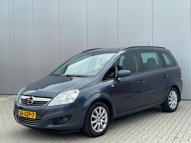 Opel Zafira 2.2 Temptation, Navigatie, Parkeersensoren