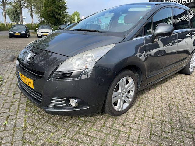 Peugeot 5008 2.0 HDiF Blue Lease Executive 7p.