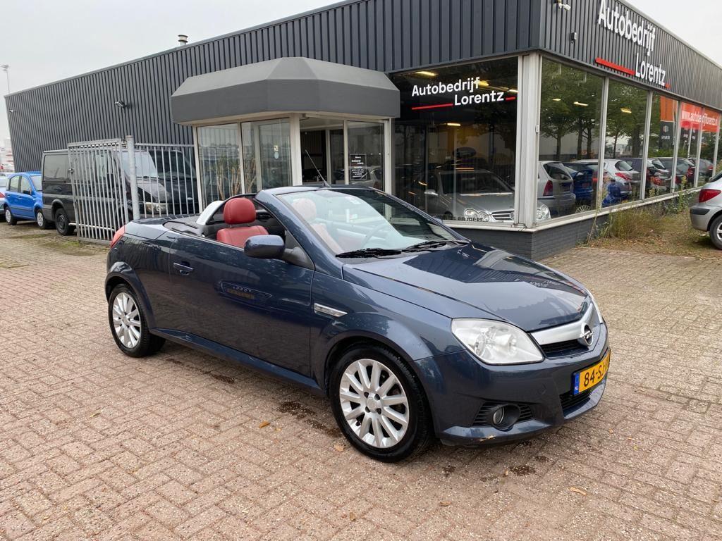 Opel Tigra TwinTop occasion - Autobedrijf Lorentz