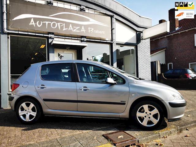 Peugeot 307 2.0-16V Navtech/ CRUISE/ CLIMA/ NAVI/ 16 INCH/ ISO/ 5DRS/ NAP