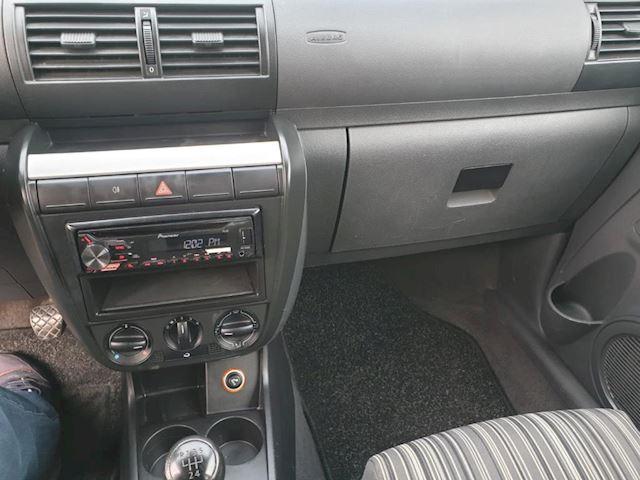 Volkswagen Fox 1.2 Trendline 3 deurs zeer nette auto