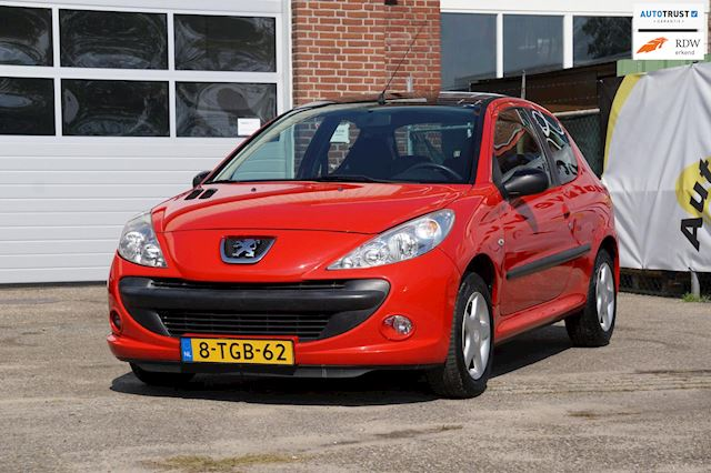 Peugeot 206 + 1.1 XR inruil mogelijk!