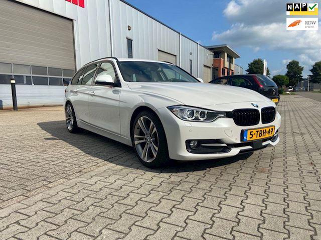 BMW 3-serie Touring 320d High Executive