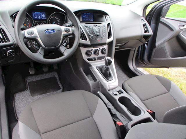 Ford Focus 1.6 TI-VCT Trend 5 Drs met Navigatie