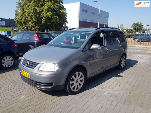 Volkswagen Touran occasion - Kemkes Car Trading B.V.