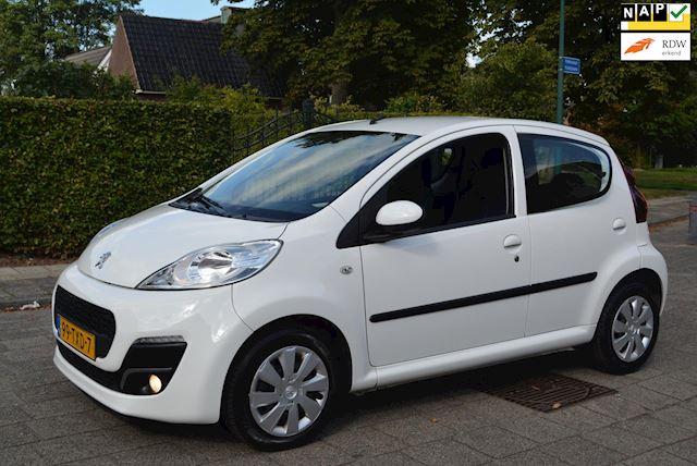 Peugeot 107 occasion - Autobedrijf Kiewiet (Auto 25)