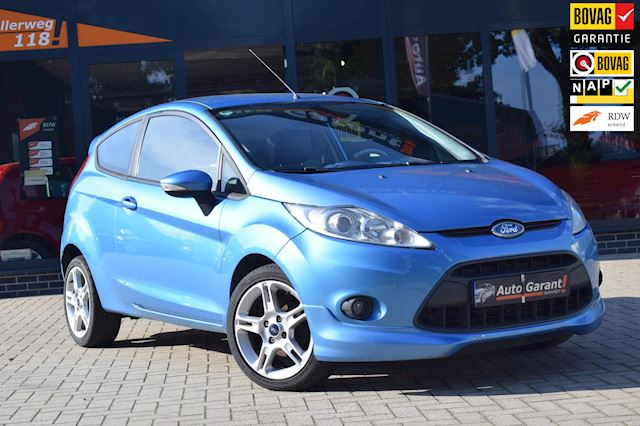 Ford Fiesta 1.4 INDIVIDUAL/AIRCO/LM VELGEN/LEDER