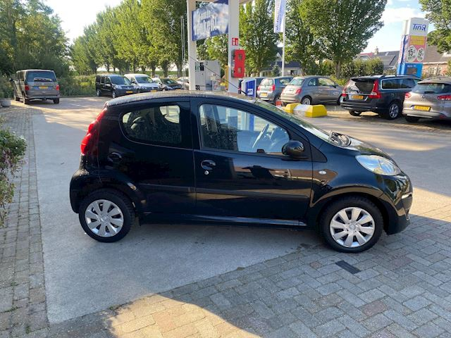 Peugeot 107 1.0 Active,NW APK,AIRCO..?