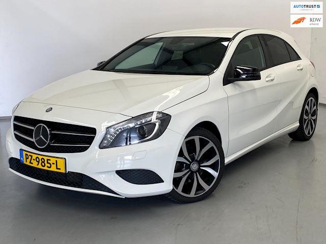 Mercedes-Benz A-klasse 180 Prestige / Night Pakket / Navi
