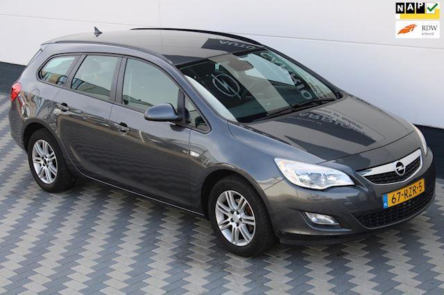 Opel Astra Sports Tourer 1.4 Edition Navi Trekhaak ECC NAP!!