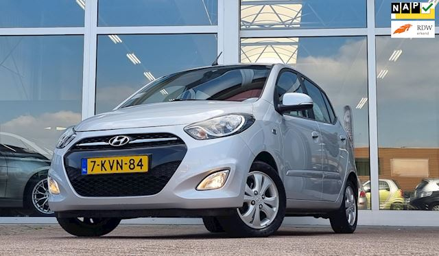 Hyundai i10 1.2i 16V i-Catcher NL auto! NAP Airco Mooi!