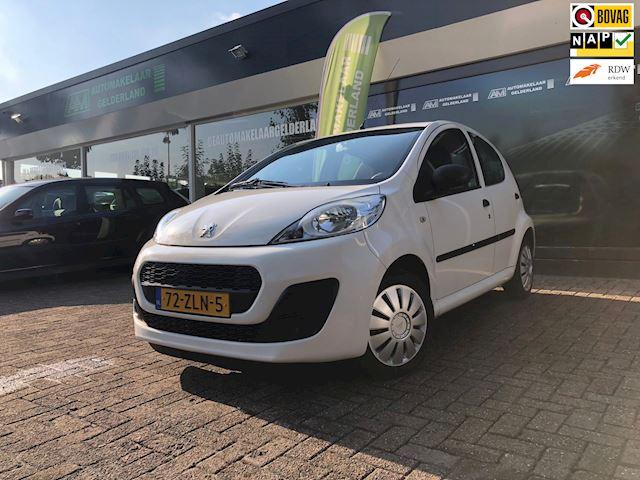 Peugeot 107 1.0 Access Accent Nieuwe Apk Airco