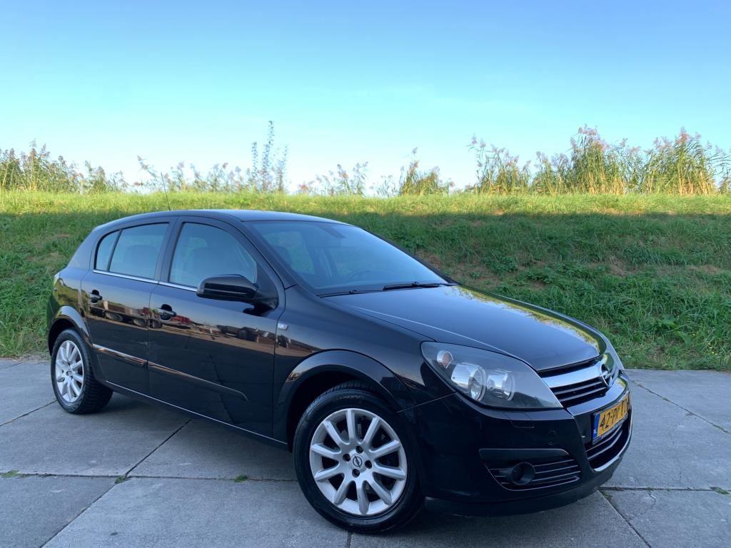 Opel Astra occasion - Autobedrijf Dorp