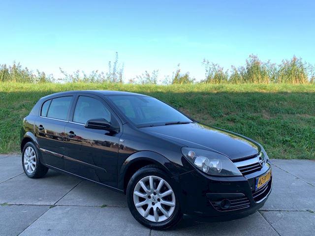 Opel Astra 1.6 Cosmo NIEUWE APK