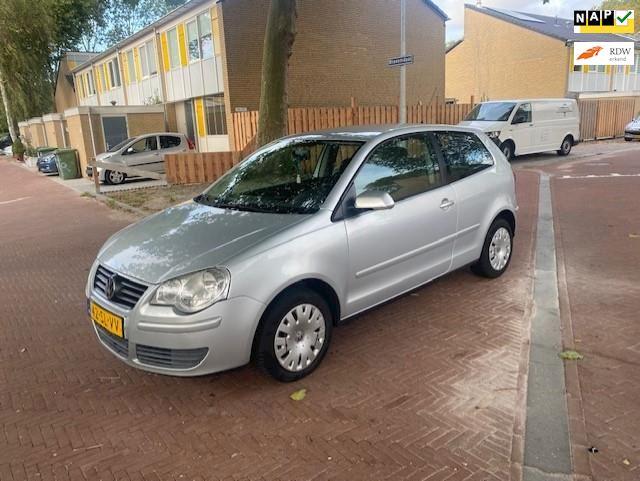 Volkswagen Polo 1.4-16V Turijn