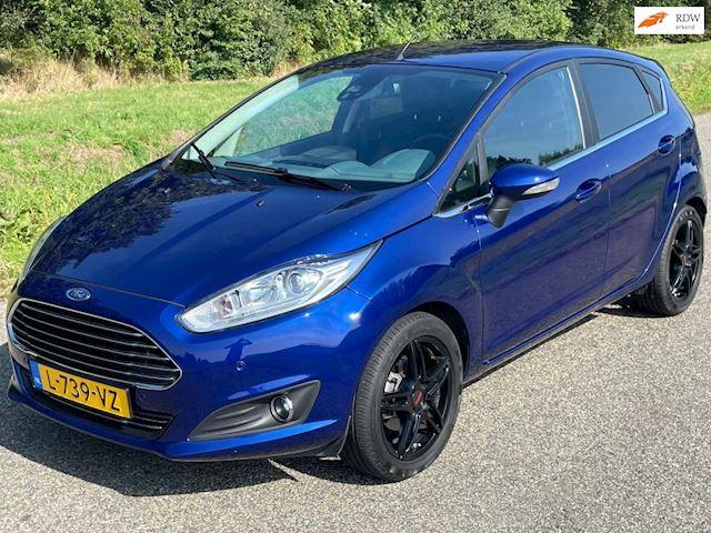 Ford Fiesta 1.0 EcoBoost Titanium (leer, keyless, camera); INCL. NIEUWE APK, BEURT EN GARANTIE