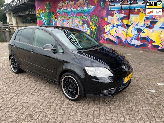 Volkswagen Golf Plus 1.6 FSI Sportline super dikke auto leer xenon dikke velgen navigatie camera airco moet gezien worden