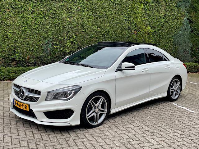 Mercedes-Benz CLA-klasse 250 AMG Pakket, Aut, Pano, Groot Navi, Xenon, Clima, PTS, Stoelverwarming,