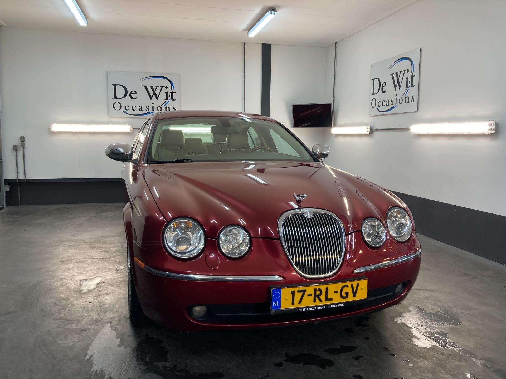 Jaguar S-type occasion - De Wit Occasions