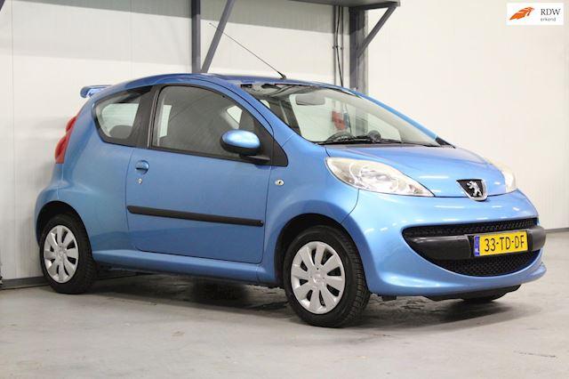 Peugeot 107 1.0-12V XS | APK 07-2022 | Recent beurt gehad |
