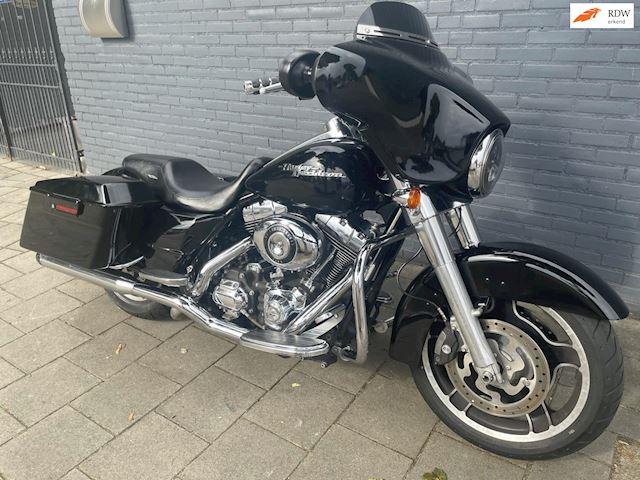 Harley Davidson FLHX Street Glide abs Fobkey Rinehart uitlaten occasion - Van de Klundert Trading