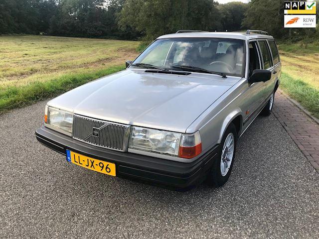 Volvo 940 2.3i Polar 7 zitplaatsen, Airco