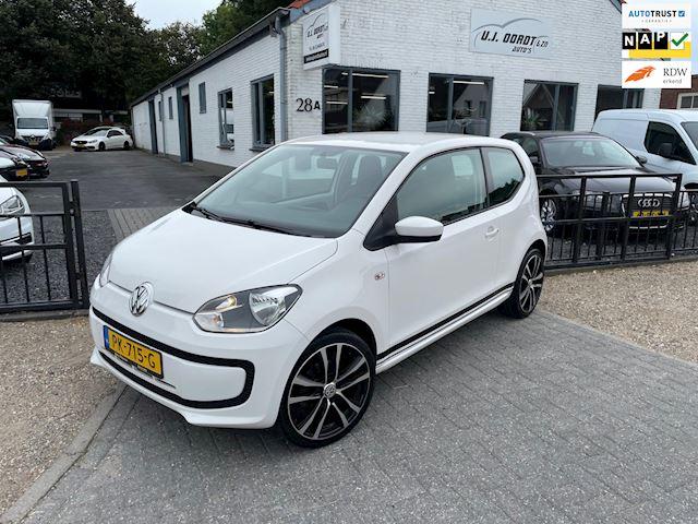 Volkswagen Up! 1.0 high up! Leuke keurige auto!