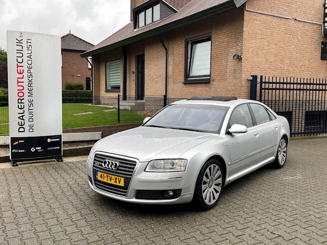 Audi A8 6.0 quattro W12 Youngtimer Nieuwstaat