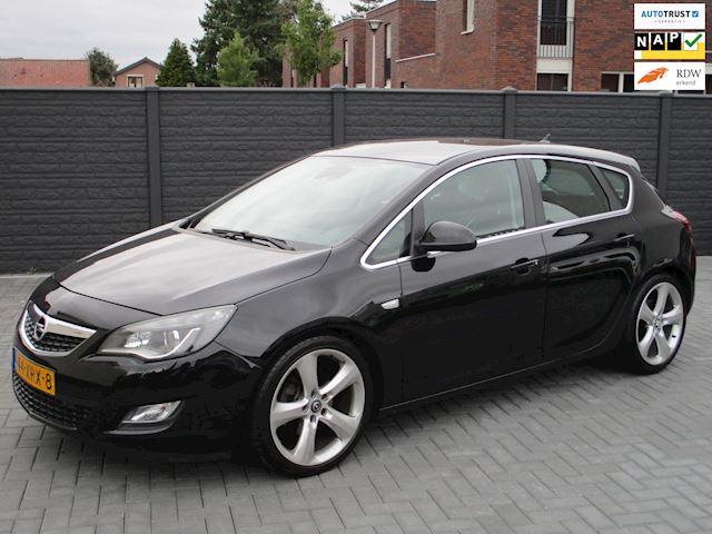 Opel Astra 1.6 Turbo Sport AUT LEER NAVI XENON 128DKM