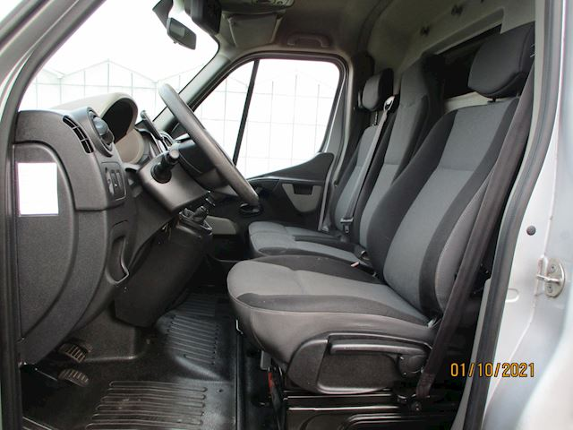 Renault Master T33 2.3 dCi L2H2 Eco Lang/Hoog met Navigatie en Airco
