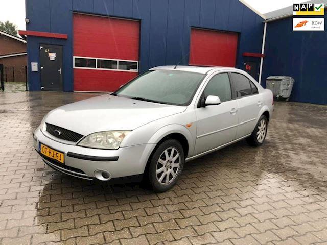 Ford Mondeo 2.0-16V Trend Airco  Nieuwe apk!!!