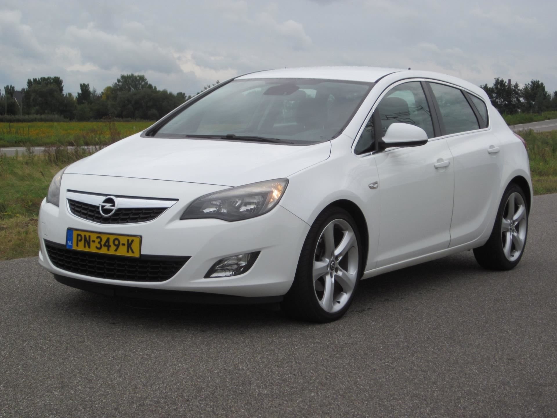 Opel Astra occasion - Auto4Motion
