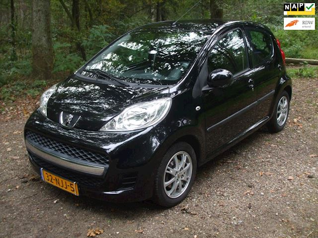 Peugeot 107 occasion - G. Hubers Auto's
