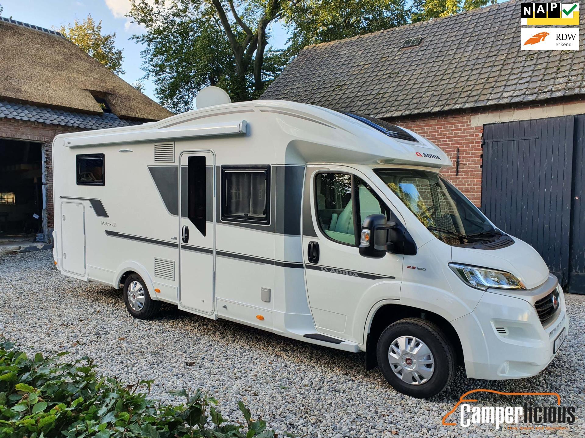 Adria Matrix 670 DL Plus Enkele bedden, Trekhaak, Nieuwstaat occasion - Camperlicious