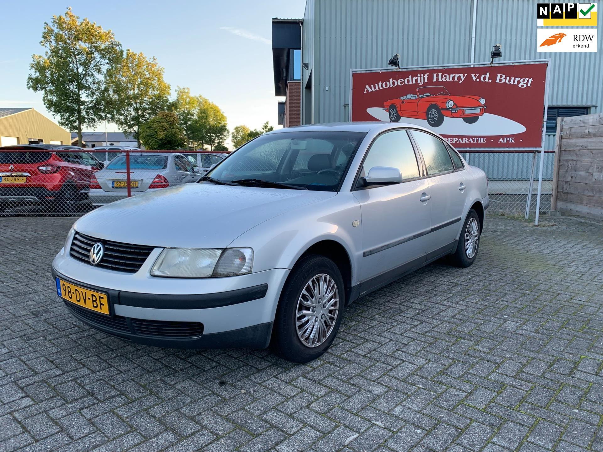 Volkswagen Passat occasion - Autobedrijf Harry van der Burgt