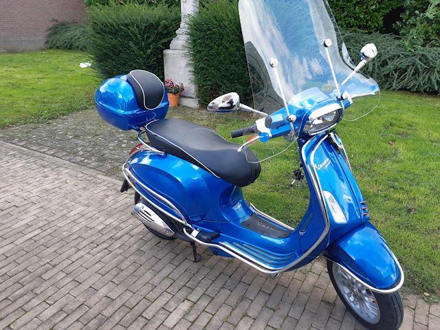 Vespa Snorscooter Sprint 4T