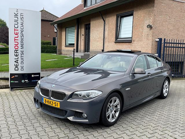 BMW 5-serie 528i High Executive M Sport Nieuwstraat