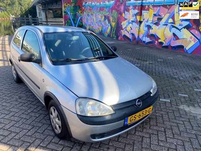 Opel Corsa 1.0-12V met 135dkm aantoonbaar gelopen boeken aanwezig geheel onderhouden auto