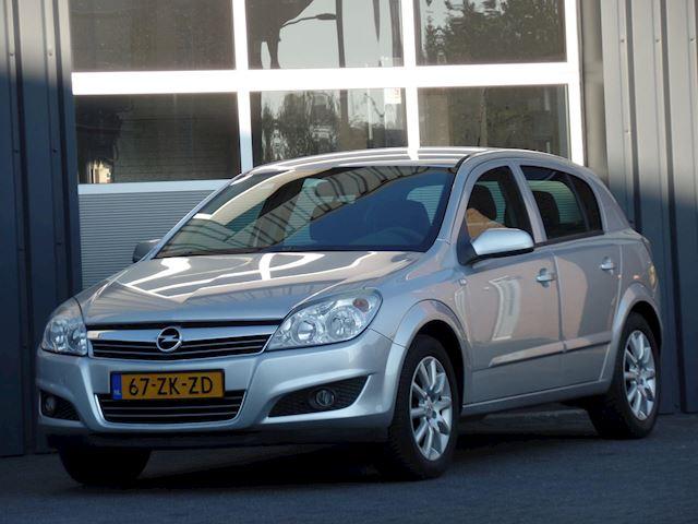 Opel Astra 1.8 Temptation Climatecontrol Cruisecontrol